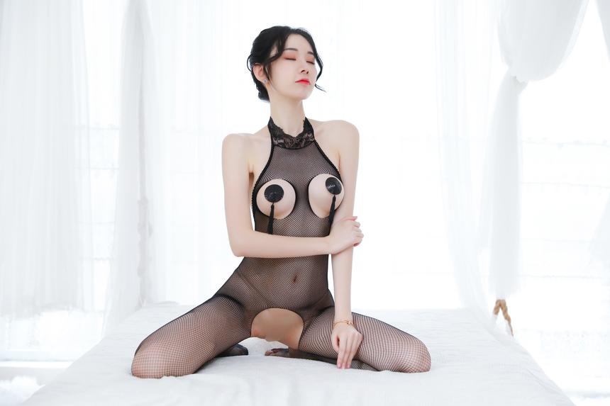 전신 가슴트임&밑트임 촘촘한 망사 바디 스타킹