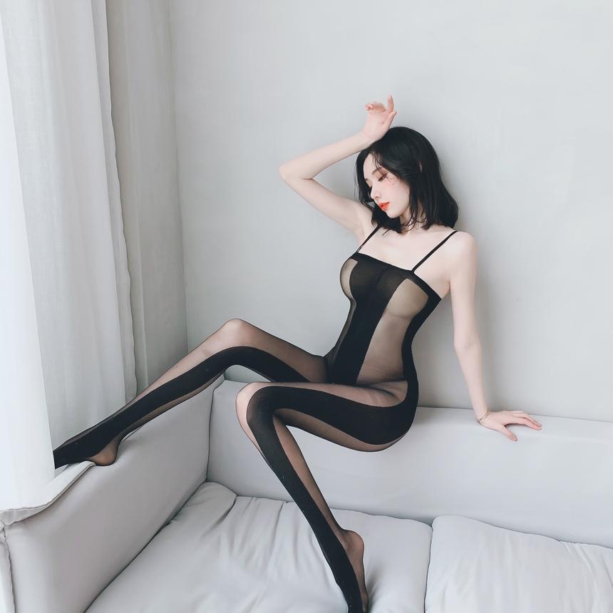 블랙 라인 밑트임 바디 스타킹